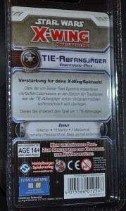 Auch von hinten schn anzuschauen: Der TIE Advanced Blister