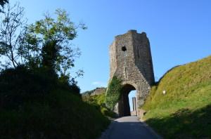 Der Eingang zu Dover Castle, Fremder, der Du hier eintrittst, lass alle Hoffnung fahren...