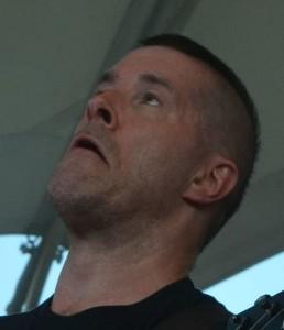 Schaut gut aus der Wäsche! Jeff Waters auf dem Rock Hard Festival 2014