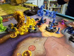 Cthulhu Wars: Hastur vs. Narlythotep