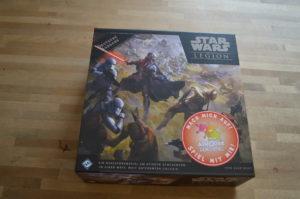 Star Wars - Legion Die Box von außen. Im Handel dann ohne den dezenten Aufkleber