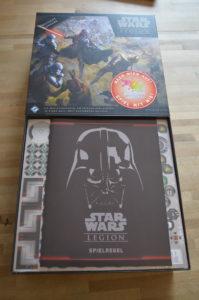 Star Wars - Legion Die Box von innen, mit Blick auf die Anleitung