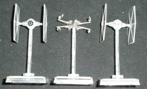 X-Wing und TIE-Fighter von vorn