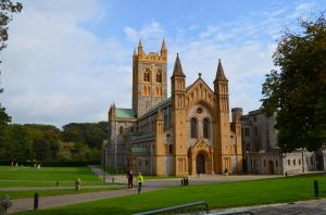 Buckfast Abbey ... angeblich von nur 6 Mönchen wieder neu aufgebaut, mit gerade mal 5 Pfund in der Tasche...