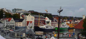 Blick von der Stavanger Domkirke zum Hafen